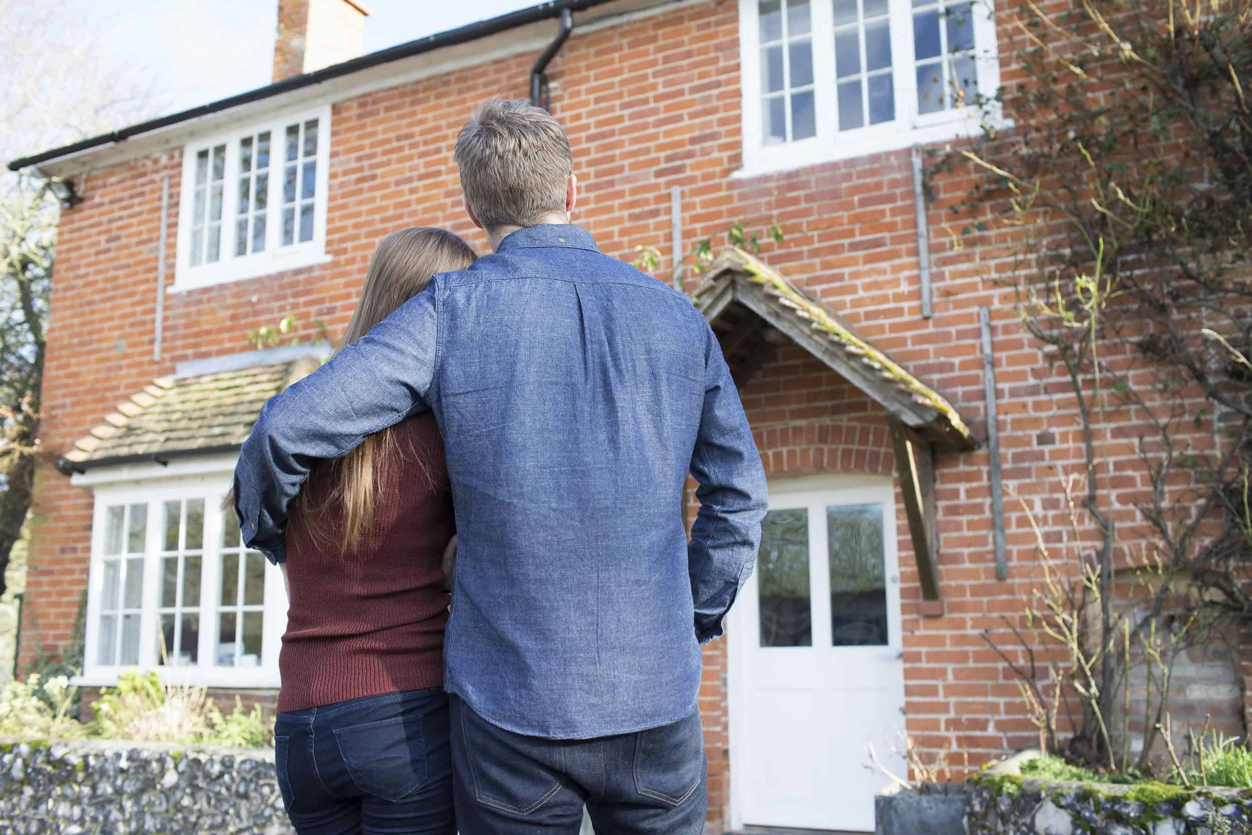 Top Tips To Make Your House Sell Faster