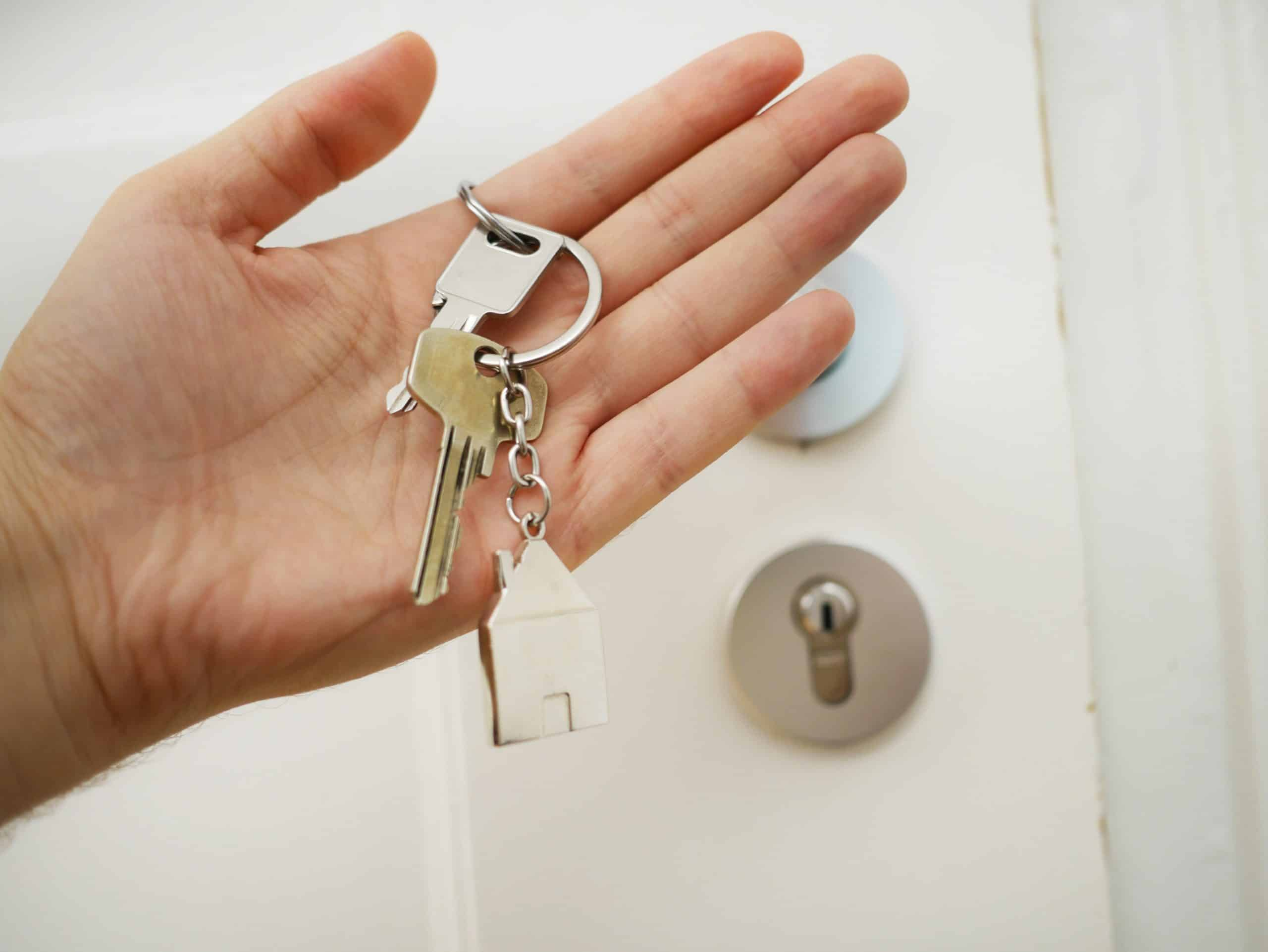Your complete guide to buying a house with friends